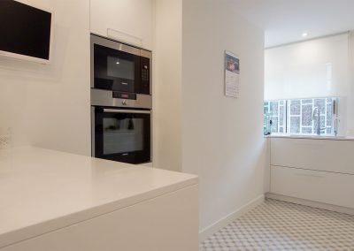 Reforma separador cocina electrodomésticos Glow Rehabilita