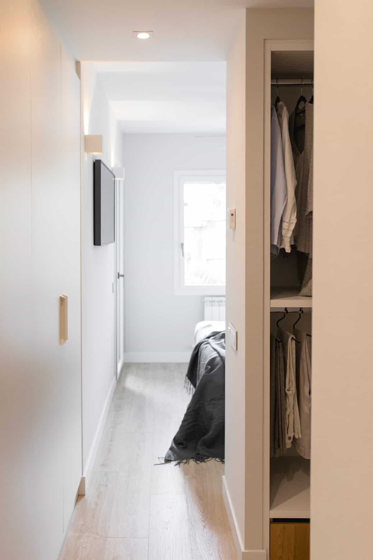 Detalle vestidor suite