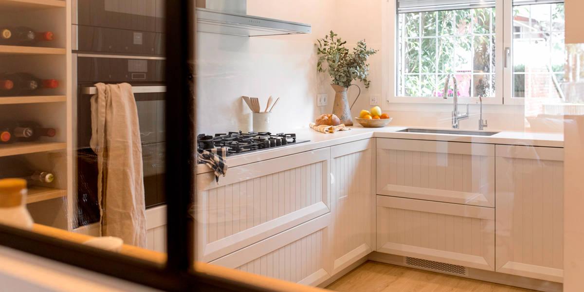 Glow Rehabilita recibidor cocina integral